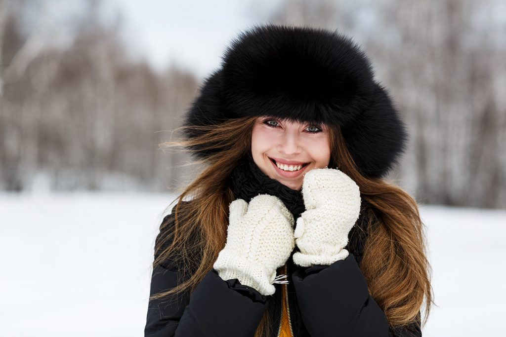 Ушанка на меху согреет в самые лютые морозы.