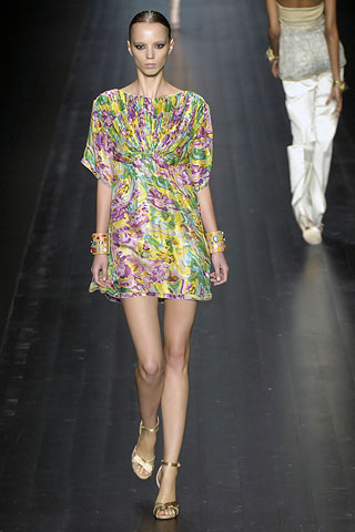 http://glamurnenko.ru/images/fashion2/fl_missoni1_big.jpg